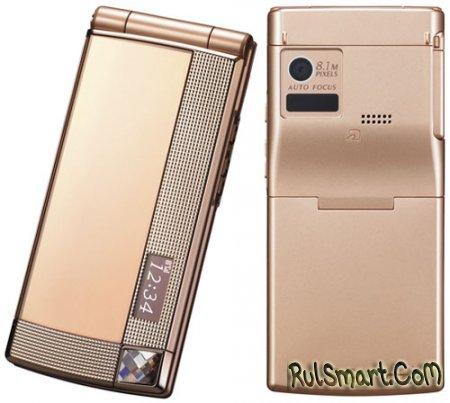 Японский оператор NTT DOCOMO представил 19 новых моделей мобильных телефонов и одну фоторамку