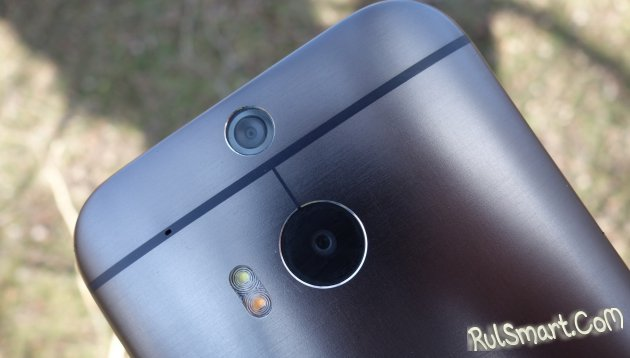 HTC One M8 EYE - камерофон с двойной камерой